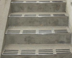 コンクリート階段のリフレッシュ工事アフター