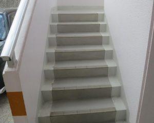 コンクリート階段の復元完了