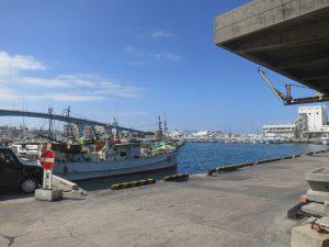 漁船の船底にフジツボガード