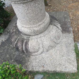 お墓、外壁、浴室のなど沖縄では湿気が多いのでカビが発生しやすい