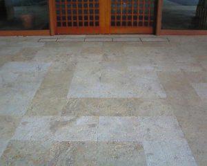 琉球石灰岩に相性が良いコーティング