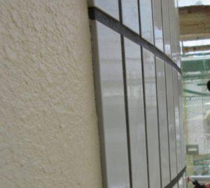 外壁タイルの落下防止コーティング