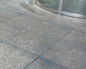 商業用ビル出入り口のコーティング
