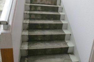コンクリート階段の復元