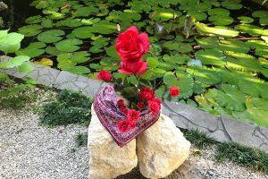 琉球石灰岩原石と薔薇のアレジメント作品GE-005