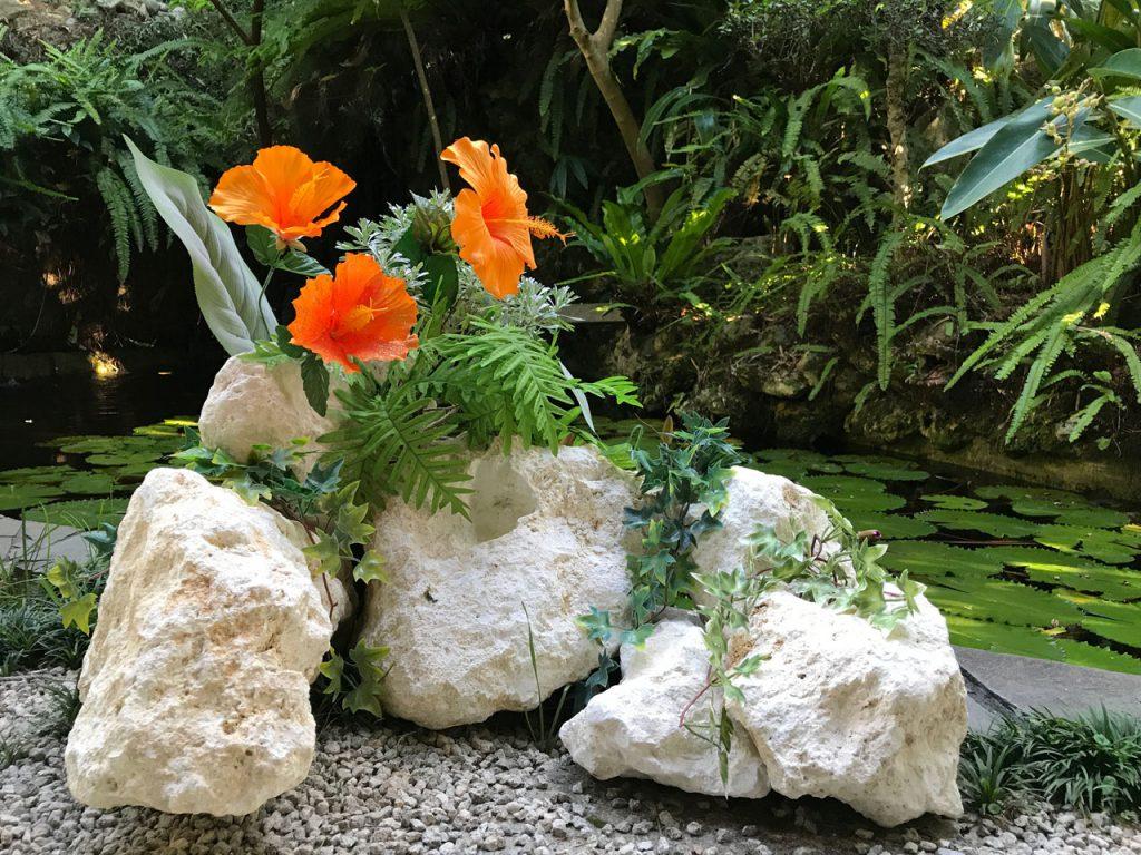 琉球石灰岩アレンジメント 原石エクステリア庭坪 作品GE-004