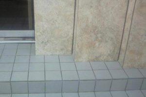 玄関入口を綺麗にしてイメージアップ!タイルの特殊洗浄と特殊コーティング