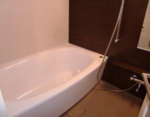 驚くほどお掃除が楽に!お風呂場(浴室)のカビ対策ならコーティングがお勧め