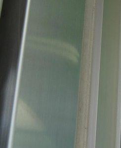 シャッター支柱の錆除去&防錆コーティング後
