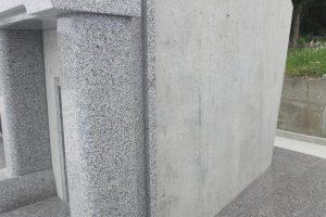お墓のコンクリートをコーティング